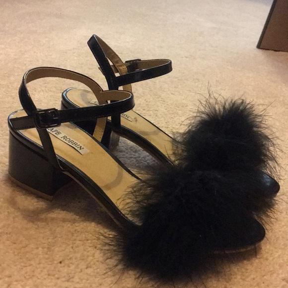 4699a12031 Cape Robbin Shoes - Cape Robbin Faux Fur Kitten Heel. Sz 6.5. Black.